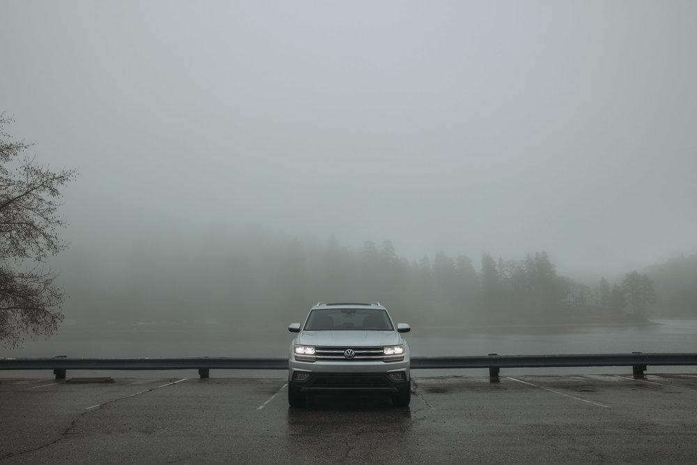 09_VW_Atlas_Lakeside_Parking_Lot_0177_edit.jpg