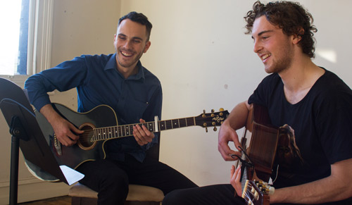 Guitar-teacher-Melbourne.jpg