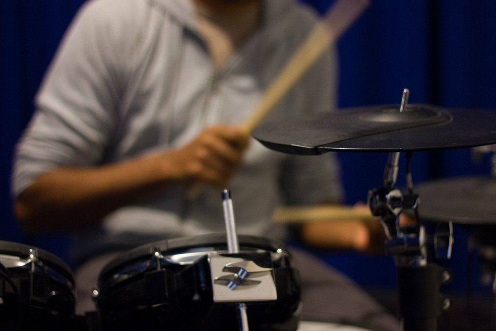BEGINNERS DRUM LESSONS - RICHMOND MUSIC ACADEMY