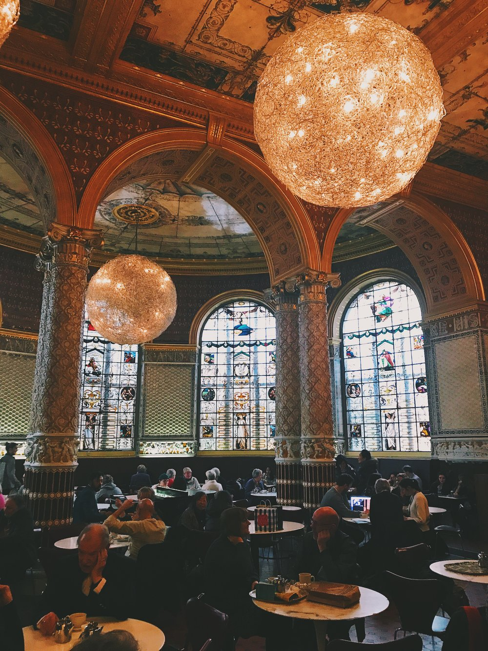 Victoria and Albert Museum V&A Museum Cafe