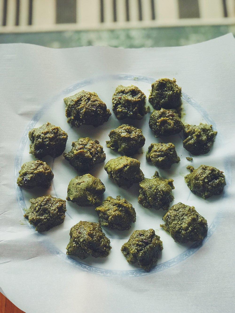 matcha fat balls