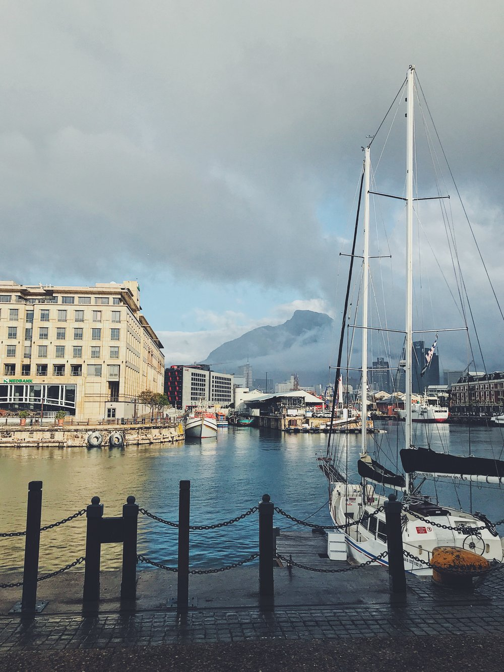 cape town V&A waterfront harbour