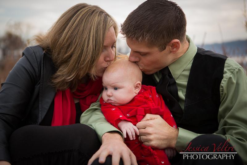 121202_JessicaVeltri_Barnes Family_271-62