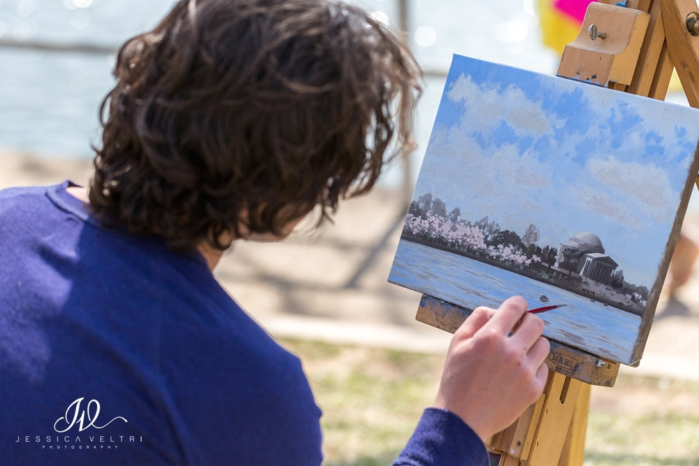 Artist painting Jefferson Memorial at Tidal Basin Cherry Blossoms