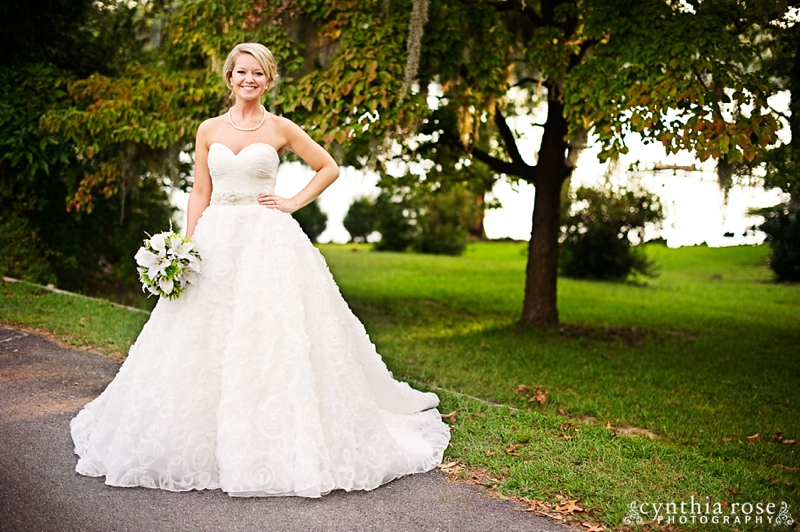 new-bern-country-club-bridal-portraits_0390.jpg