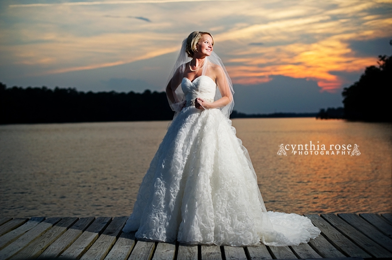 new-bern-country-club-bridal-portraits_0422.jpg