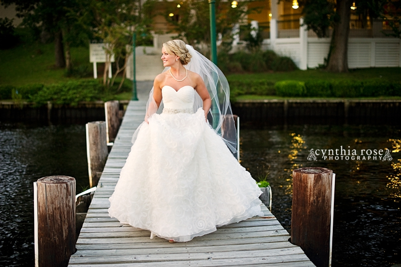 new-bern-country-club-bridal-portraits_0423.jpg