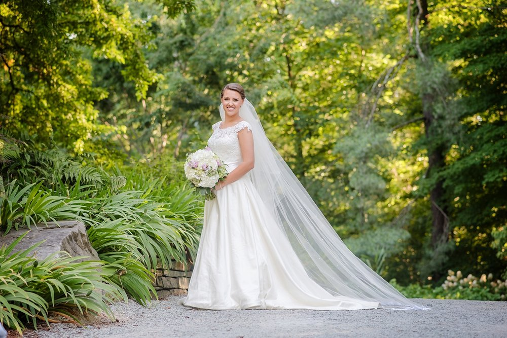 duke_gardens_bridal_portrait_0240.jpg