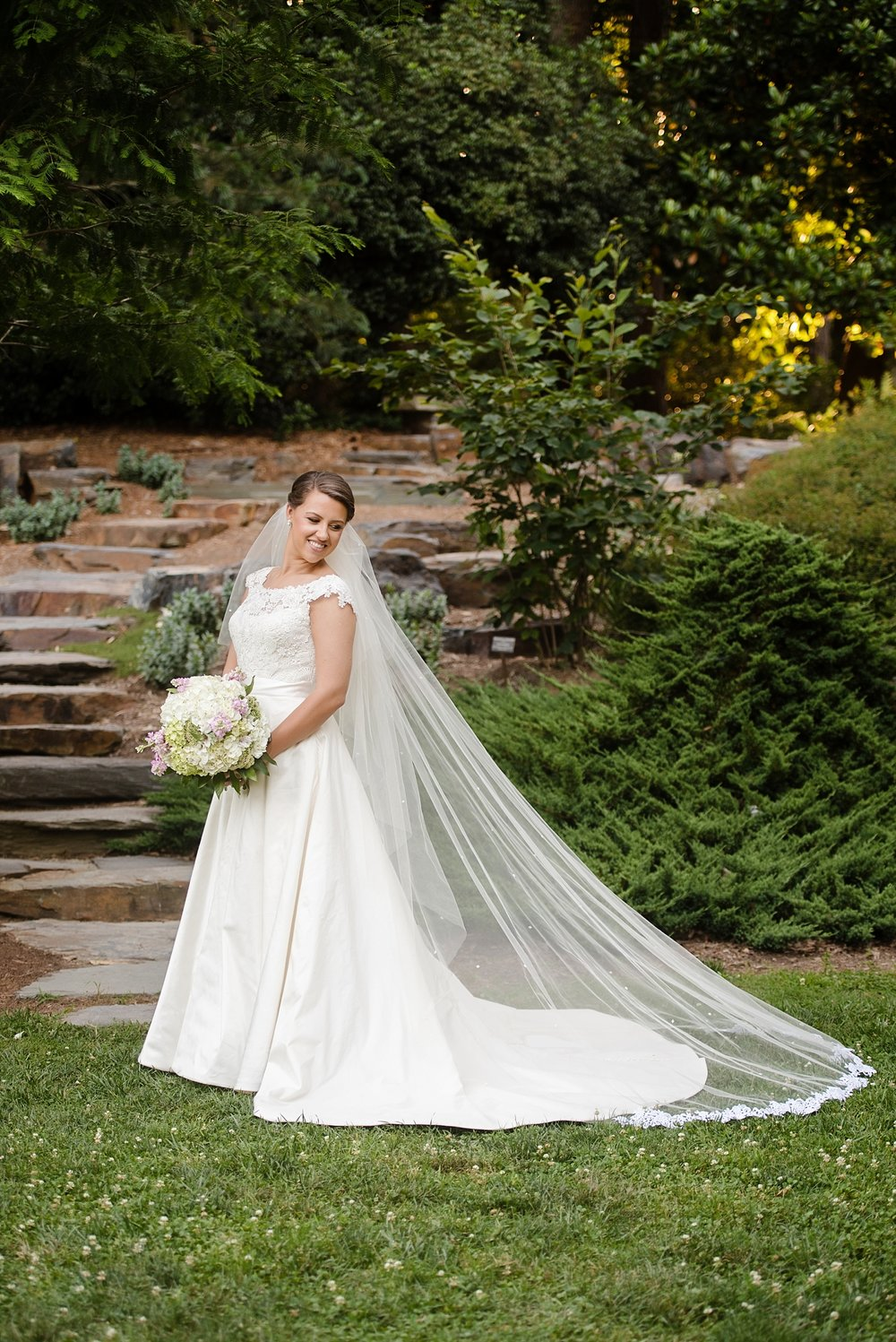 duke_gardens_bridal_portrait_0252.jpg
