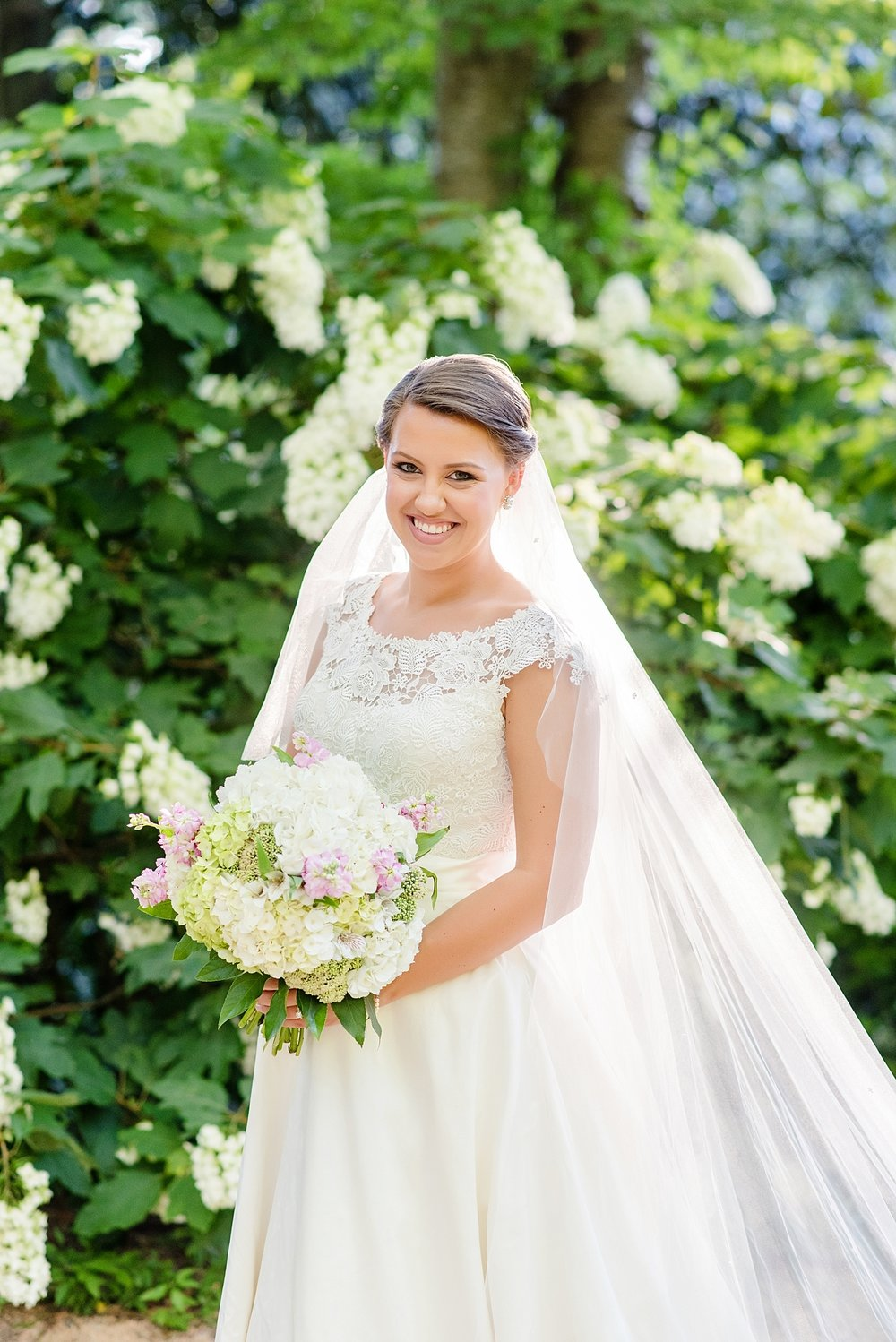 duke_gardens_bridal_portrait_0250.jpg