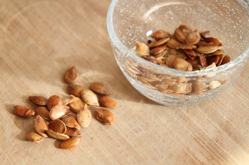 Roasted Pumpkin Seeds (800x533)