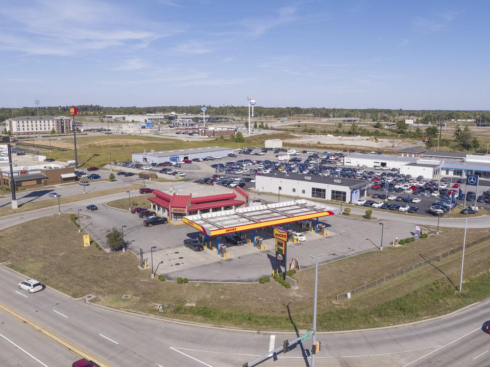 20MP Hicks Gas Station.jpg