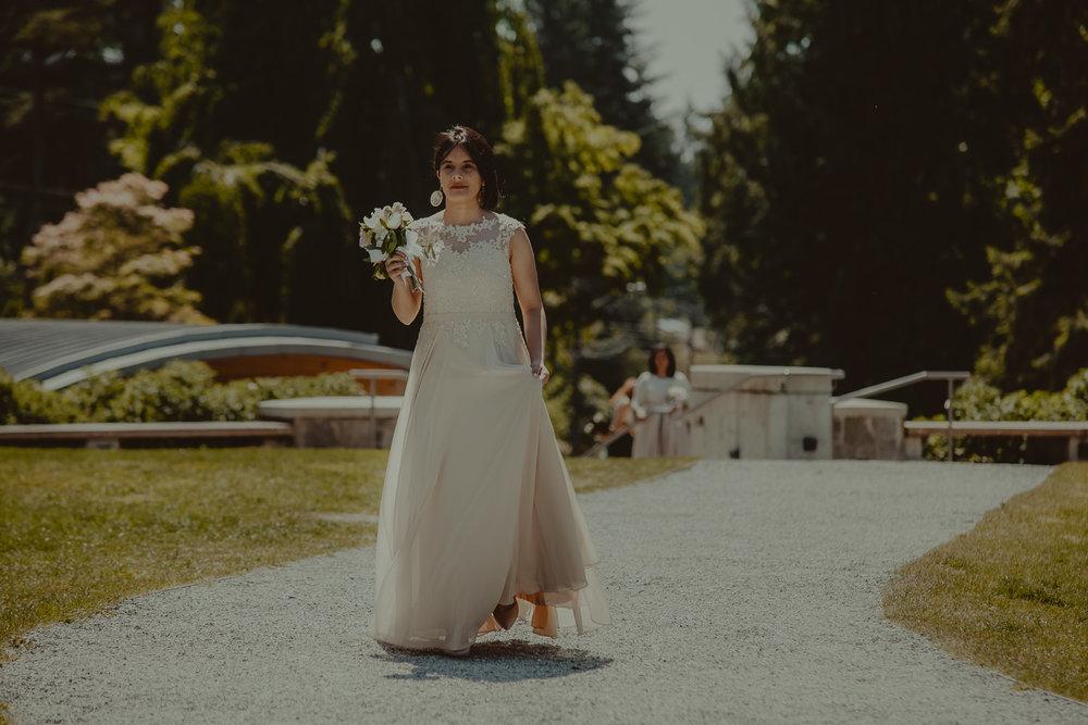 Stephanie & Mark.Cleveland Dam Wedding-6.jpg