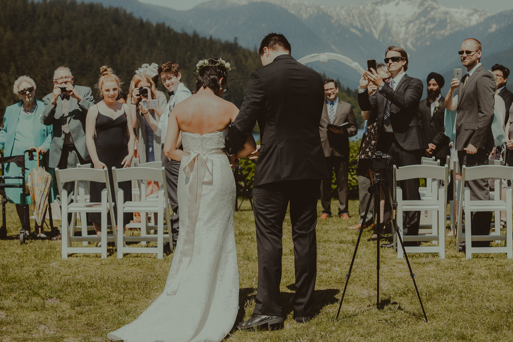 Stephanie & Mark.Cleveland Dam Wedding-13.jpg