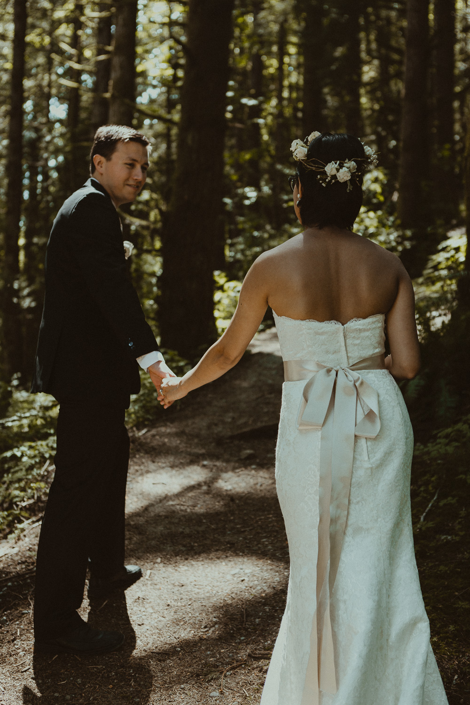 Stephanie & Mark.Cleveland Dam Wedding-35.jpg