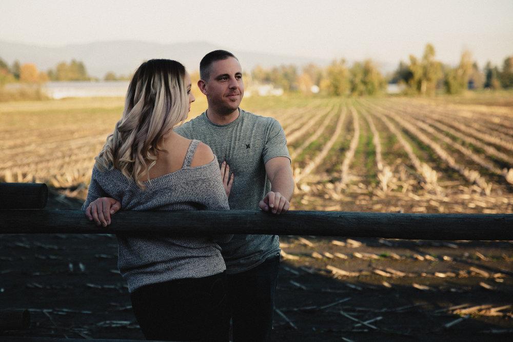 Krista&Corey.27.10.17-36 copy.jpg
