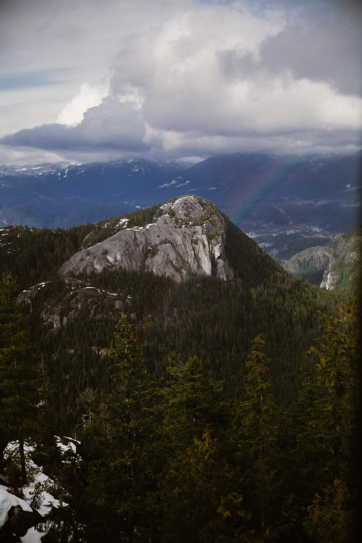 Casual-Woodsland-Sea-to-Sky-Winter-Engagement-Squamish-BC