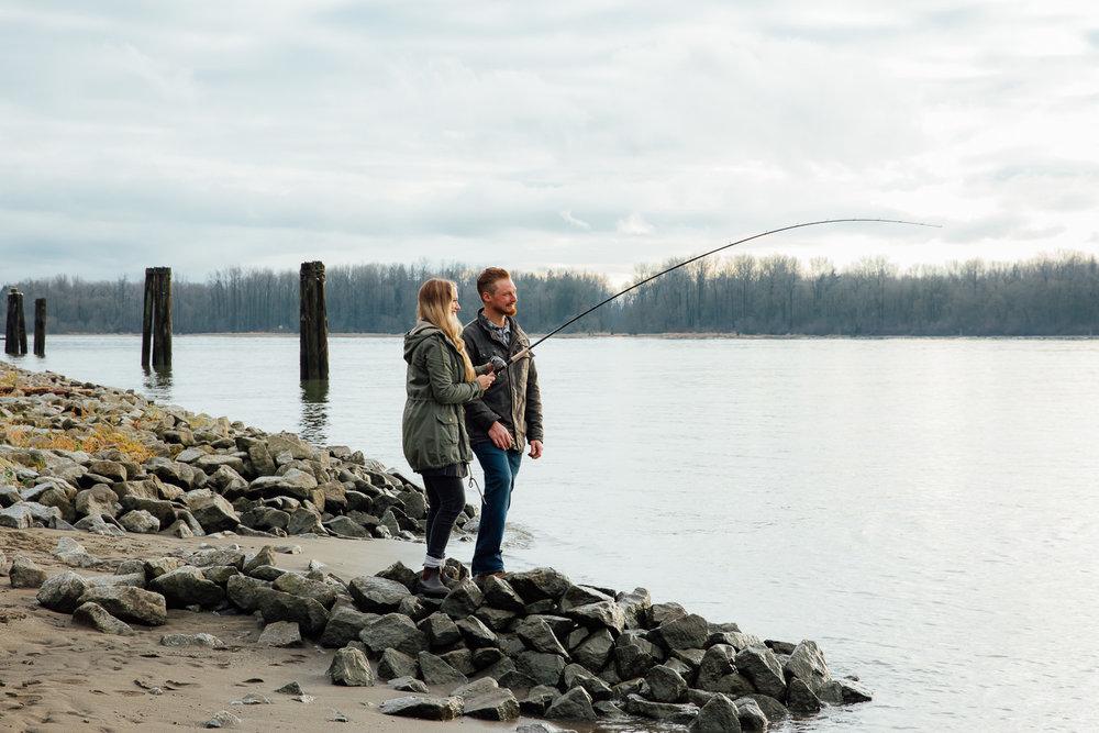 Winter-Romantic-Kanaka-Creek-Engagement