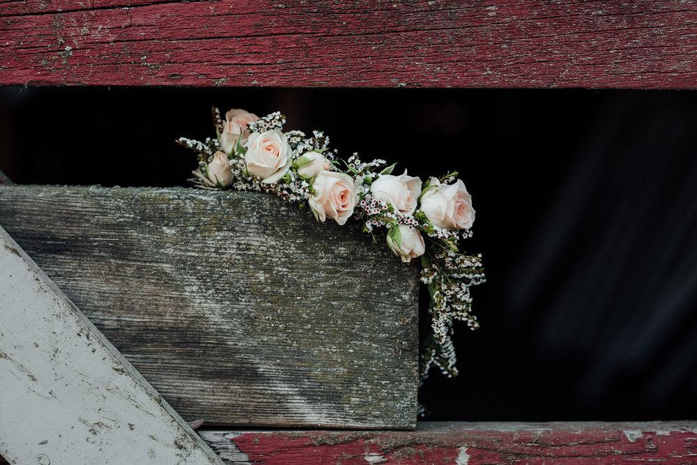 Hopcott-Farm-Pitt-Meadows-Rustic-Engagment-Shoot-Flower-Crown