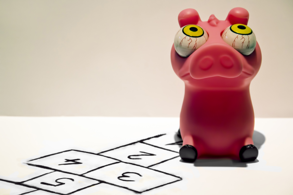 Piggy pulando amarelinha