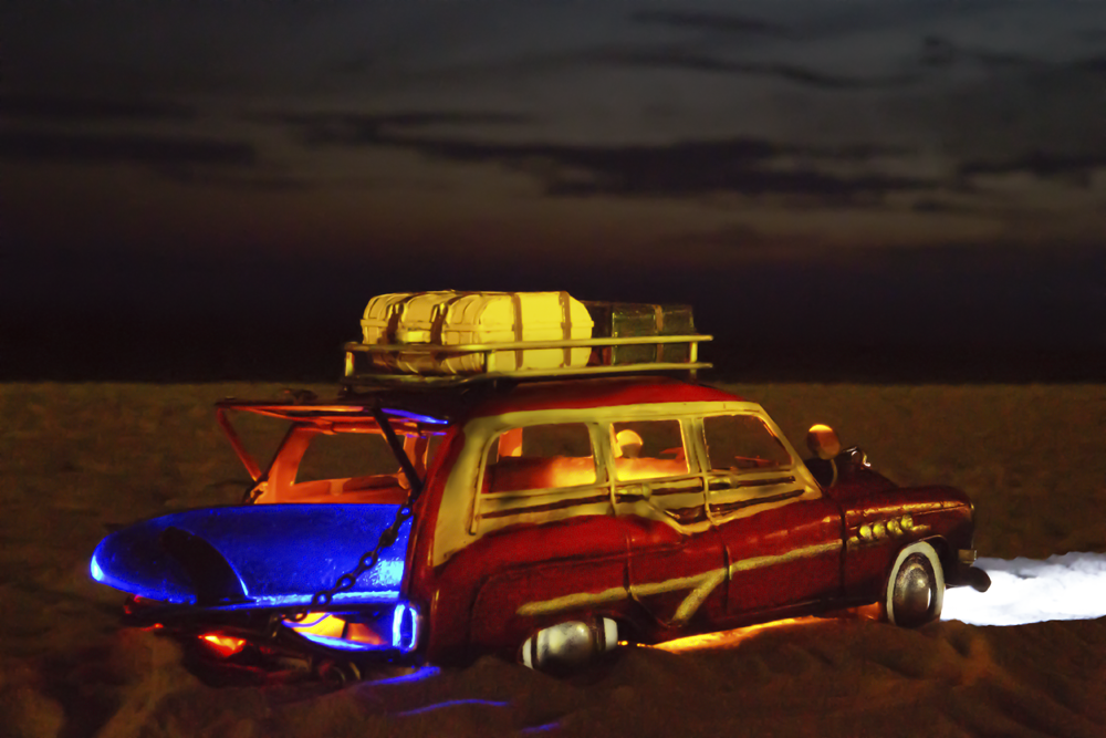 carro na praia_noite.png