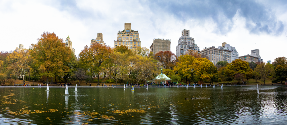 Conservatory Water panorama.png