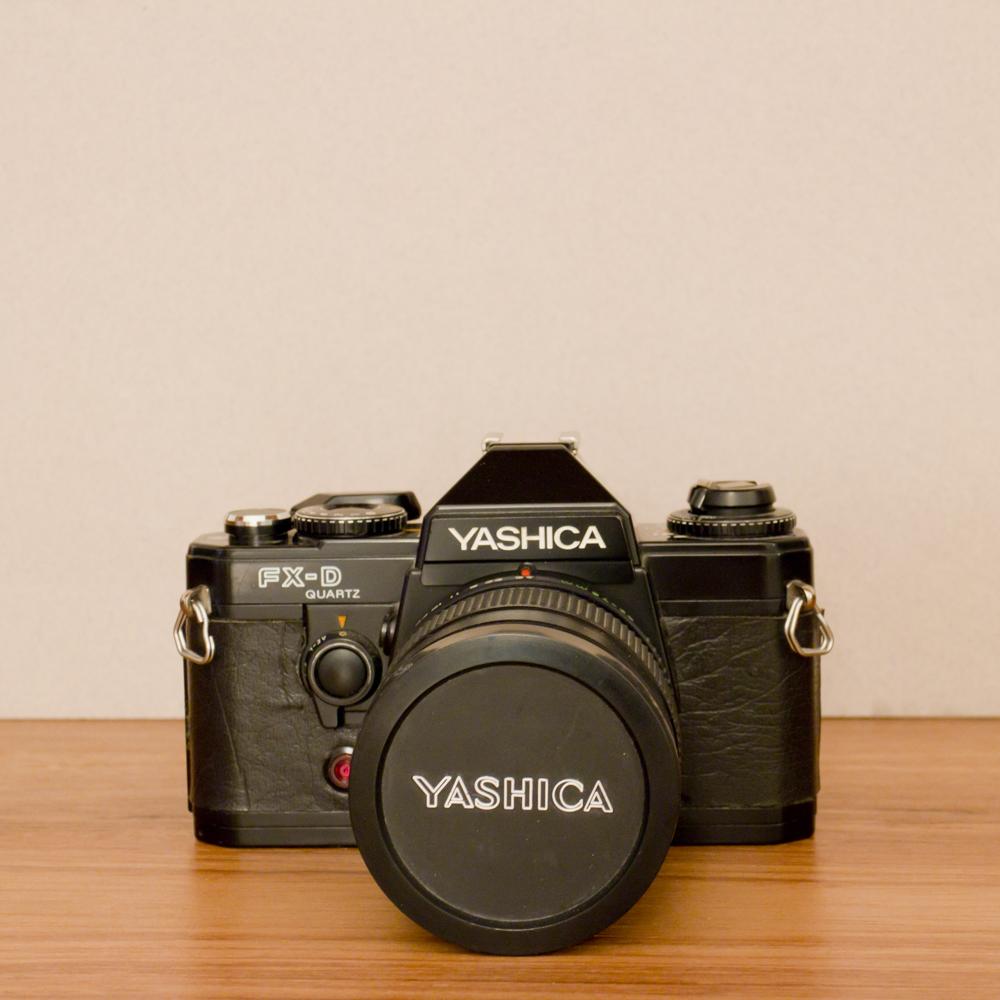 YASHICA FX-D QUARTZ [ SLR ]