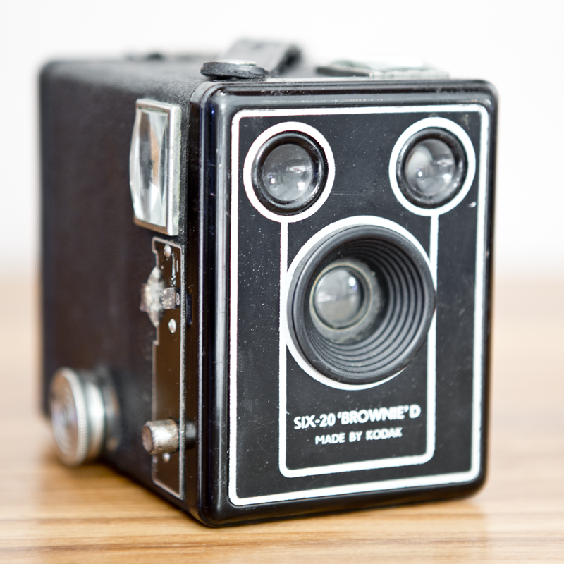 KODAK SIX-20 BROWNIE D.png
