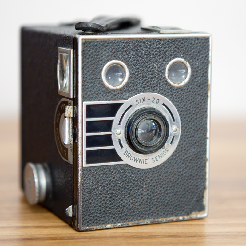 KODAK SIX-20 BROWNIE SENIOR.png