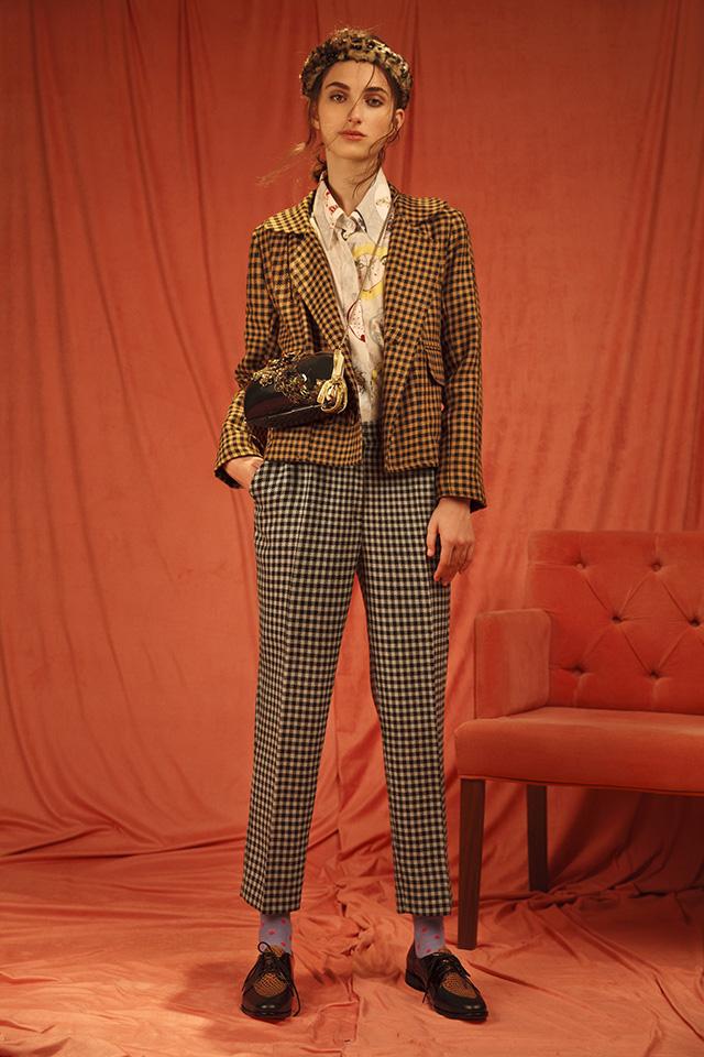 Camisa URSULA + Saco TOMASA + Pantalon BENILDA
