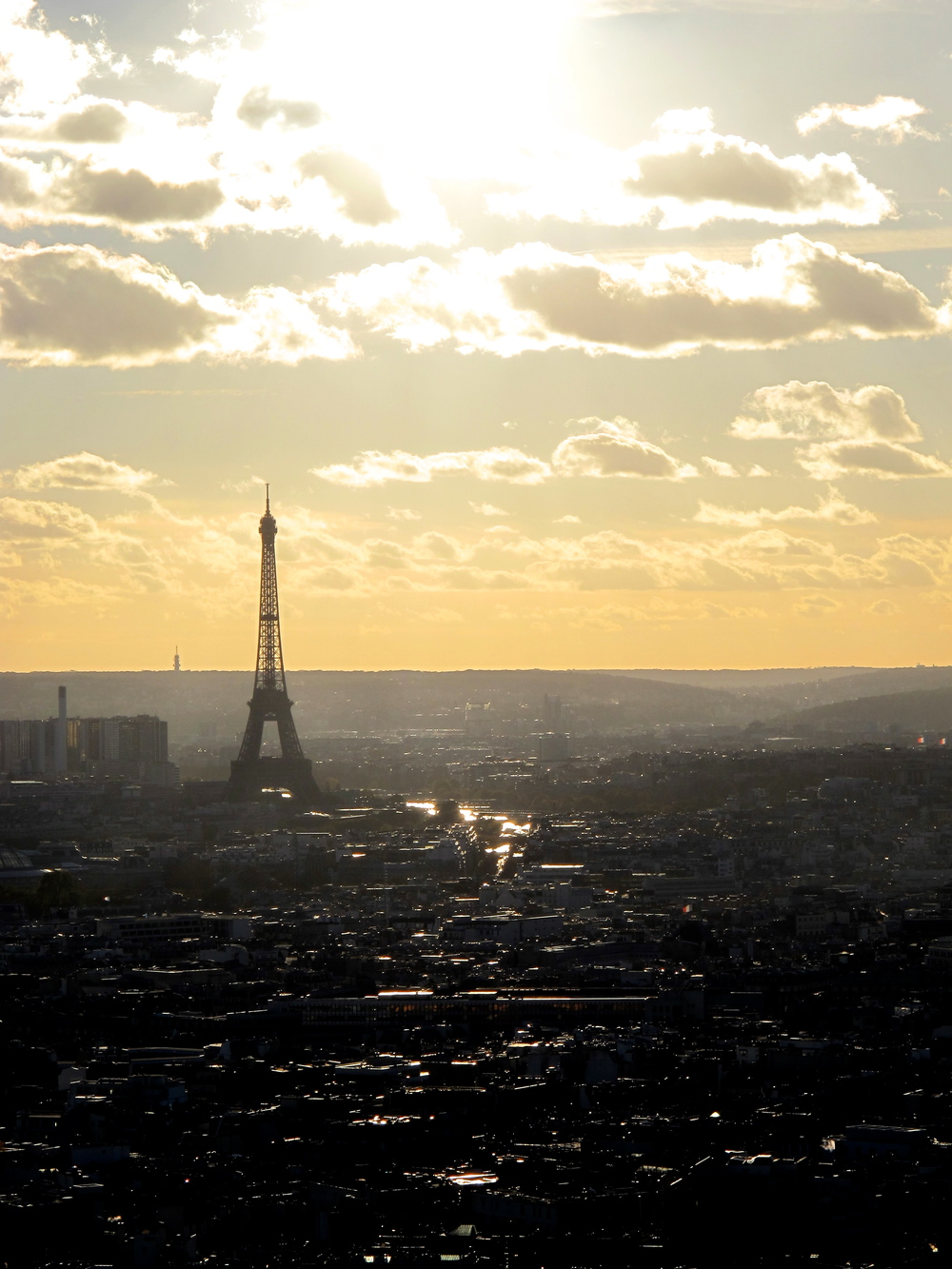 EiffelTowerView.jpg