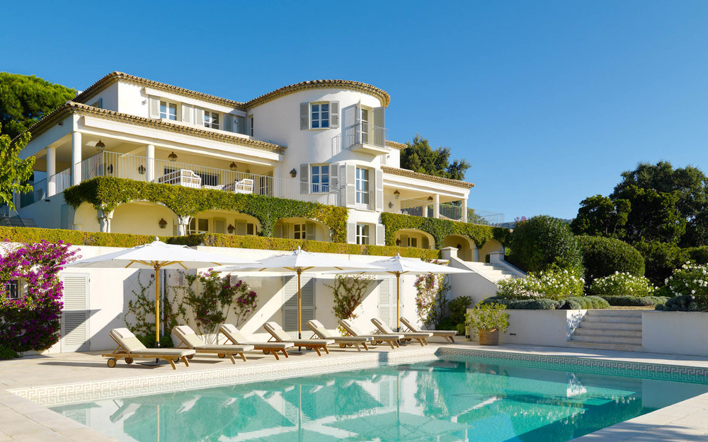 Elegance In The Cote D Azur Designer Oceanfront Villa