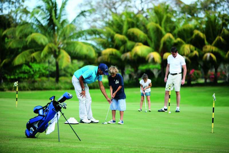 Learning golf with your children, Mauritius