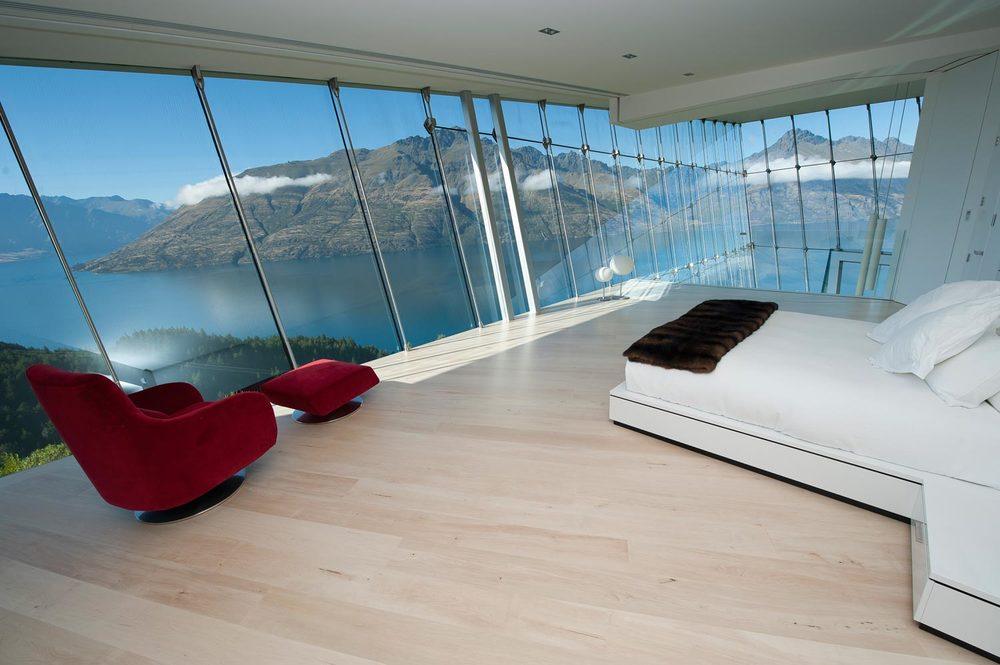 jagged edge, queenstown, new zealand villa rental bedroom with a view