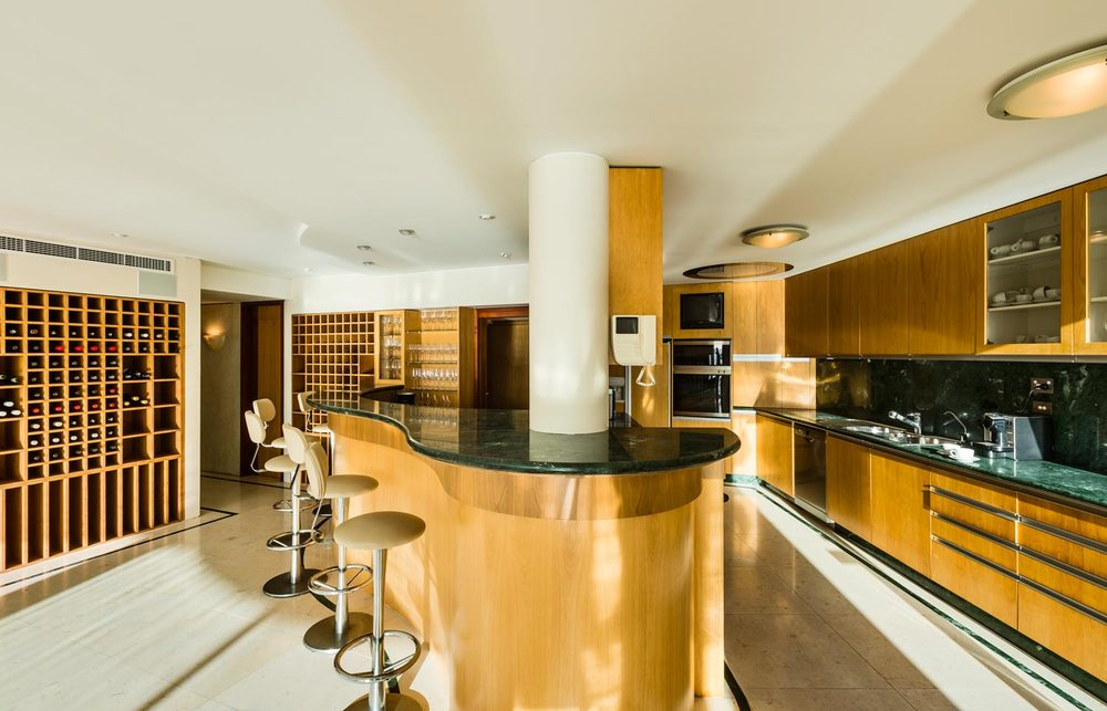 la corniche, sydney harbour apartment for rental, australia, designer kitchen