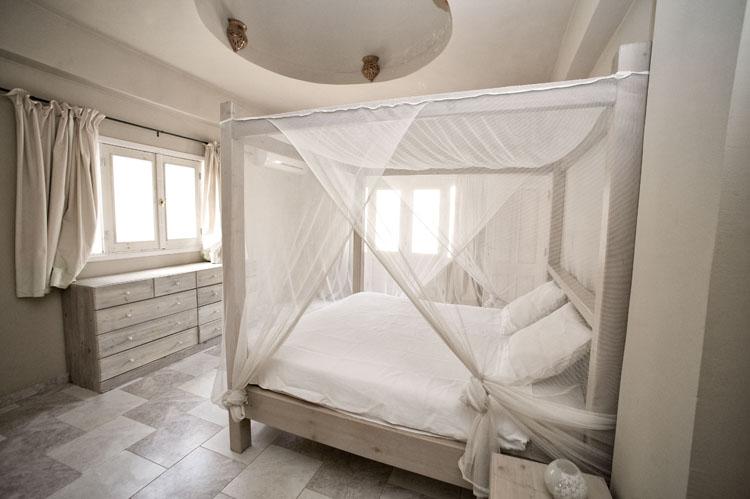 dyd-vila-isis-master-bedroom-3.jpg