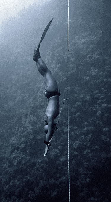 dyd-freediving-constant-weight-descent.jpg