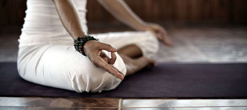 dyd-sara-meditation-pose.jpg
