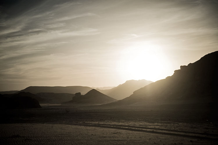 dyd-sunset-over-the-sinai-mountains.jpg