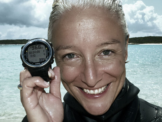 dyd-sara-world-record-depth-gauge.jpg