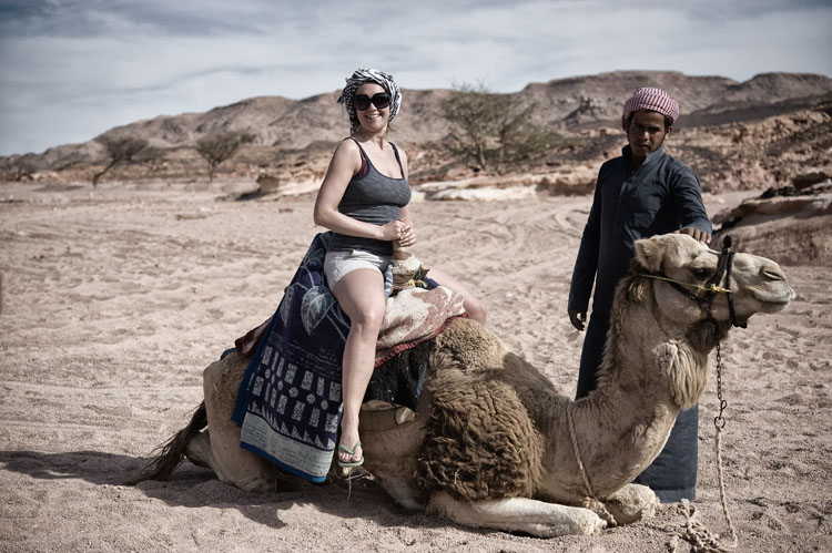 dyd-yoga-fusion-holiday-camel-ride.jpg
