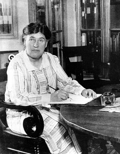 WillaCather.jpg