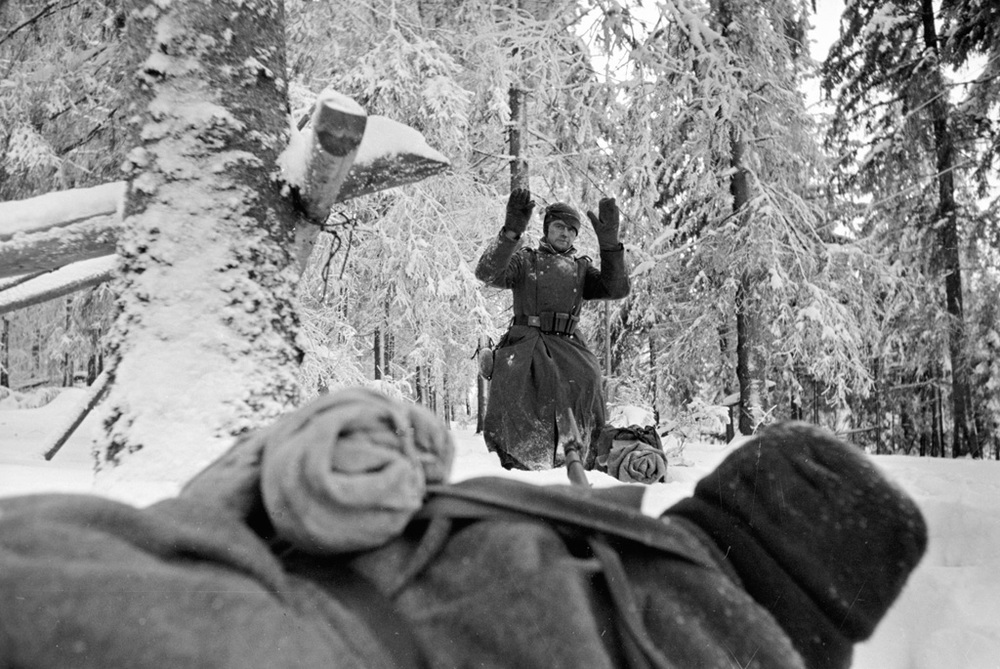 A German soldier being captured in Russia, Dec 1941