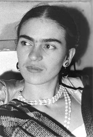 "novel's epigraph by Frida Kahlo ""I leave you my portrait so that you will have my presence all the days and nights that I am away from you."""