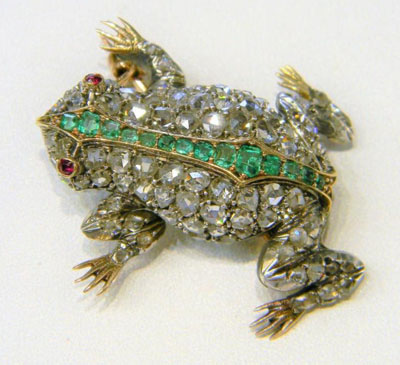 Orlando frequently refers to an emerald frog throughout the novel