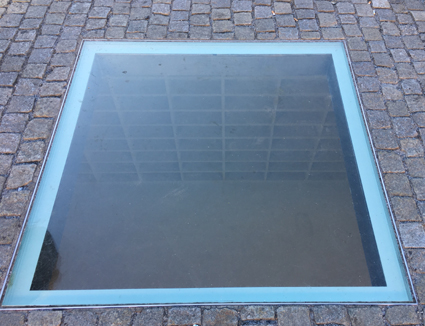 Bebelplatz book memorial.jpg