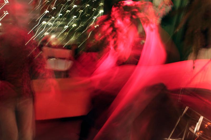 dancefloah.jpg