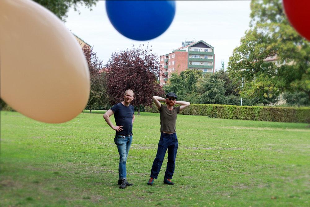 Det fanns bröder & ballonger.
