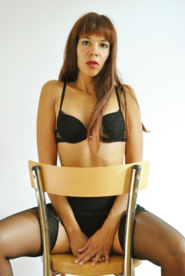 london-mistress-for-spanking-caning-naughty-schoolboy-punishment-kings-cross-london