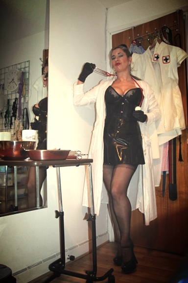 Rubber-dress-bdsm-doctor.jpg